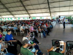 Dom Pedro Conti fala aos participantes da XXIII Assembleia Diocesana em momento de oração - (Foto: Oscar Filho / Pascom Macapá)